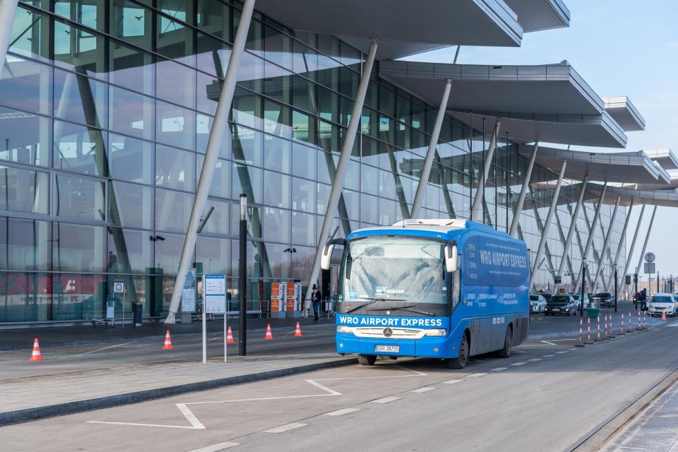 Jeszcze szybciej doWrocławia ibezpośrednio na lotnisko